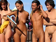 (12 pictures) Nude men and women on the beach