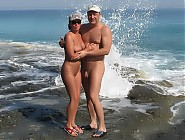 (10 pictures) Hot Naturist Couples Posing All Naked On Nude Beaches - Enjoy Natural Healthy Girls in Nature without Clothes