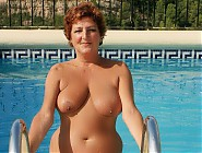 (7 pictures) Happy fat grannies enjoing a nude sun bath