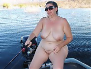 (7 pictures) Would you like to take a boat trip with these women?