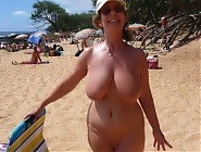 (12 pictures) Hot amateur chicks posing nude on sunny beaches