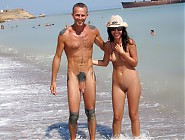 (5 pictures) Naked girls, hidden camera on the beach